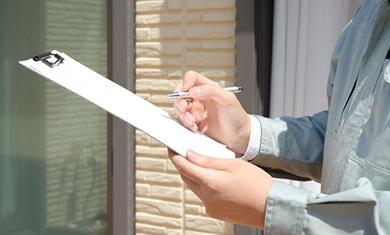 プロによる屋根調査と専門家が作る報告書